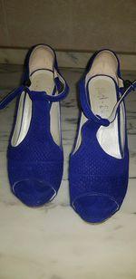 Sandálias azuis, tamanho 40, usadas uma vez foto 1