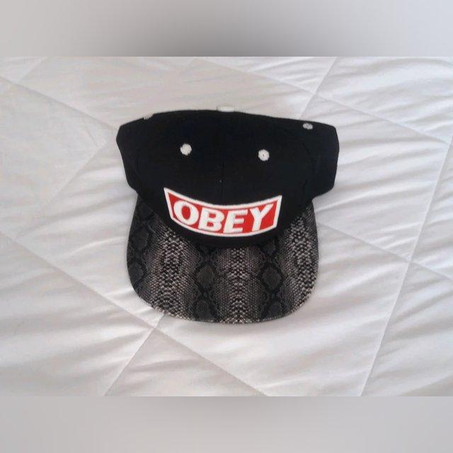 Chapéus pala  reta foto 2