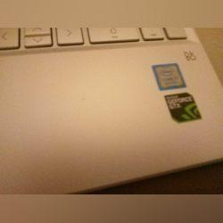 Computador portátil foto 1