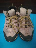 Vendo sapatos  merrel. Como novos usados 3 vezes. foto 1