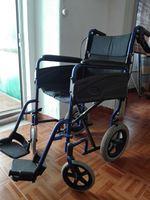 Cadeira de rodas semi usada foto 1