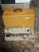 Máquina de costura foto 1