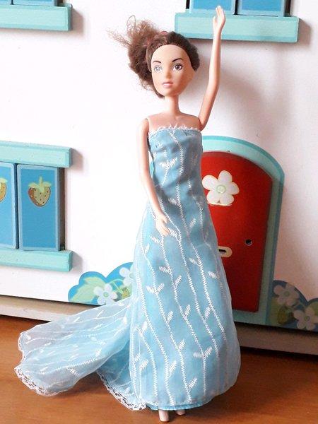 Vestido de boneca/Barbie foto 1
