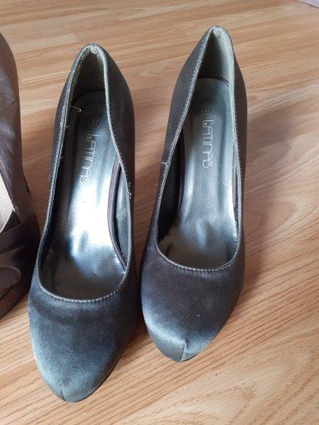Sapatos usados 1 vez foto 1