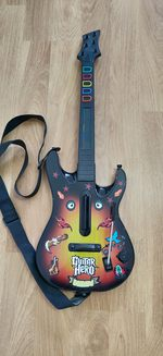 Guitarra do guitar hero 5 foto 1