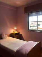 Alugo quarto em São Domingos de Rana ao pé da escola americana Sant Domenic Eleclerc e café terrace Bugio contacto 963249689. Maria foto 1