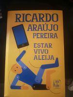 """Livro """" Estar vivo aleija""""- Ricardo Araújo Pereira foto 1"""