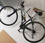 Bicicleta em ótima estado com pneus novos estrada foto 1
