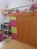 Estúdio, cama com colchão roupeiro elemento com 4 gavetas e sofá de 2 lugares foto 1